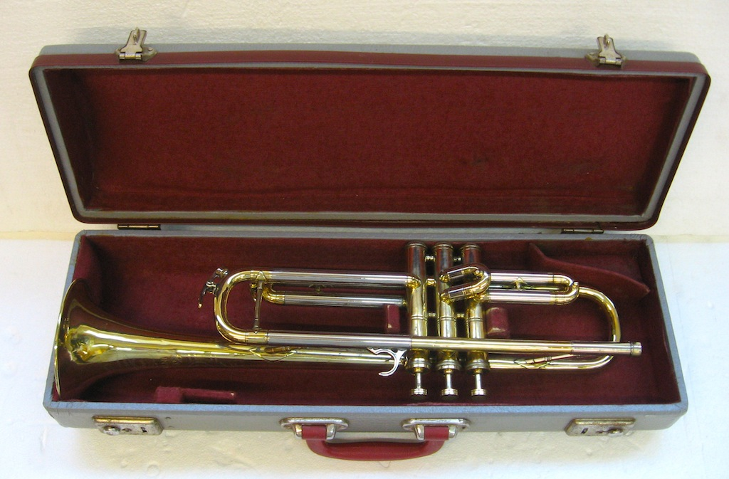 Selmer Bb Trumpet Model Invicta