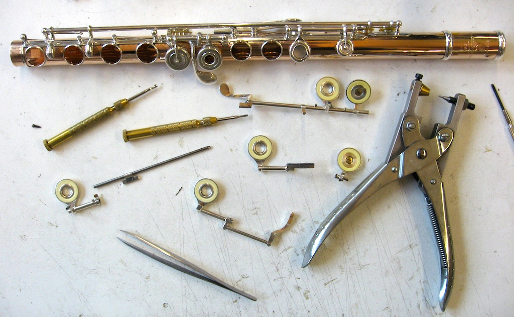 Flutes repair, overhaul, cleaning